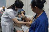 Tin tức - Hà Nội: Hai anh em sinh đôi nguy kịch vì mắc sởi