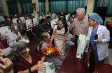 Đồng hành nhà hảo tâm - 400 bệnh nhân khó khăn được mổ mắt miễn phí