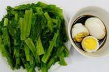 Tin tức - Món ngon mỗi ngày: Cải luộc chấm trứng đơn giản cho bữa trưa