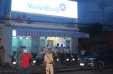 Tin tức - Trích xuất camera, truy bắt nghi can cướp ngân hàng ở Tiền Giang