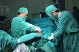 Y tế - Cứu sống bệnh nhân bị thủng ruột với gần 2 lít máu trong ổ bụng