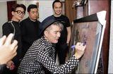 Tin tức - Họa sĩ Hứa Thanh Bình có quyền khởi kiện Mr. Đàm và Lệ Quyên khi ký tên lên bức tranh