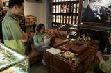 Thị trường - Hà Nội: Kiểm tra đột xuất 4 cửa hàng Cigar, thu giữ nhiều sản phẩm sai quy định