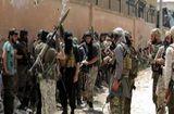Tin thế giới - Tình hình Syria: Phiến quân điều 8.000 tay súng trang bị vũ khí hạng nặng đến miền Bắc
