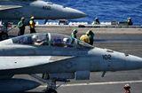 Tin thế giới - Máy bay hải quân Mỹ va phải nhau ngoài khơi Nhật Bản: Cứu sống một quân nhân