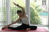Sức khoẻ - Làm đẹp - 4 điều cần nhớ khi tập yoga tại nhà