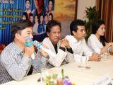 Video-Hot - Chế Linh ngẫu hứng song ca cùng Quang Linh, Anh Thơ tại họp báo