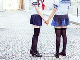 Video-Hot - Cách nữ sinh Nhật Bản biến tấu chiếc váy ngắn thành váy siêu ngắn đến trường