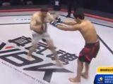Video-Hot - Chàng võ sĩ bị hạ knock out trong 3 giây vì chơi đẹp
