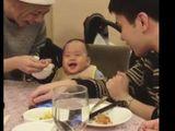 Video-Hot - Video: Bao muộn phiền cũng tan biến hết khi nghe em bé này cười giòn