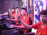 """Thần đồng và """"Siêu nhân"""" Việt Nam phối hợp tuyệt đỉnh, khiến Trung Quốc ôm hận"""