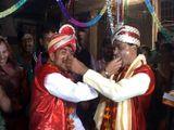 Hai đàn ông cưới nhau vì một lý do... bất ngờ