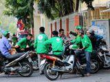 Báo Mỹ nói gì về việc sinh viên Việt Nam tốt nghiệp đại học đi chạy xe ôm kiếm mỗi tháng 5 triệu?