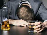 """Vị CEO từng  """"tắm"""" mình trong rượu đã thoát khỏi viêm loét dạ dày bằng cách nào?"""