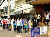 Tin tức - TP.HCM: Tranh thủ sau Tết, hàng nghìn người đổ xô đi làm hộ chiếu