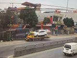 Tin tức - Video: Xe cứu hộ chở theo ô tô tông thẳng vào xe tải rồi lao vào nhà dân