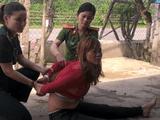 Nổ súng vây bắt người phụ nữ xây