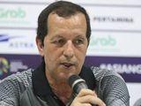 HLV Olympic Bahrain lo âu khi đối đầu Olympic Việt Nam ở vòng 1/8 ASIAD