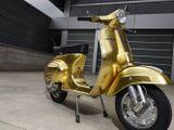 Cận cảnh chiếc xe Vespa Polini dát vàng giá hơn 1 tỷ đồng