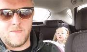 """Bất ngờ phản ứng của bé 4 tuổi khi bố nhắc về """"bạn trai"""""""