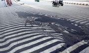 Nắng nóng hơn 51 độ C khiến nhựa đường tan chảy ở Ấn Độ