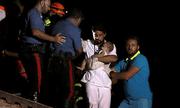 Cứu 3 anh em ruột trong đống đổ nát sau trận động đất ở Ý