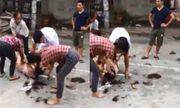 Diễn biến bất ngờ vụ đánh ghen, lột đồ cô gái trẻ giữa đường
