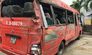 Vụ xe khách tông gãy trụ điện khiến 2 người chết: Khởi tố tài xế