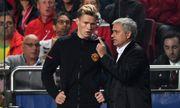 Ra mắt ở Champions League, sao trẻ Man United nhận