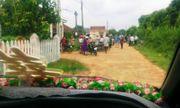Trưởng thôn chặn xe rước dâu...đòi nợ tiền làm đường