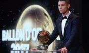 Ronaldo chính thức giành Quả bóng vàng 2017, cân bằng kỷ lục với Messi