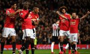 Lukaku nổ súng, Man Utd tiếp tục bám đuổi Man City