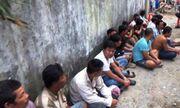 Triệt phá trường gà lưu động ven Sài Gòn, tạm giữ 29 người