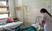 Vụ nam sinh bị phóng điện: Trèo cột điện để chứng minh tình yêu