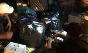 Xe chở 15.300 bao thuốc lá lậu lao vào CSGT