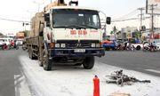 Xe máy cháy rụi sau tai nạn, 1 người chết