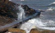 Bờ kè hơn 60 tỷ đồng ở Phú Yên bị sạt lở nghiêm trọng vì sóng đánh