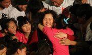 Cảm phục người phụ nữ bị ung thư vú vẫn chăm sóc 109 trẻ mồ côi