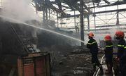 Hà Nội: Nổ lớn nhà máy luyện thép, 2 công nhân nhập viện