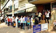 TP.HCM: Tranh thủ sau Tết, hàng nghìn người đổ xô đi làm hộ chiếu