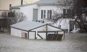 """""""Bom bão"""" hoành hành tại Mỹ: 5 người thiệt mạng, bờ Đông chìm trong biển nước"""