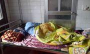 Khởi tố phụ huynh vào trường hành hung cô giáo mang thai nhập viện