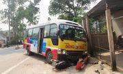 Xe buýt húc văng 5 người đi xe máy, 2 người tử vong