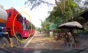 Video: Xe khách lấn làn, vuợt ẩu ngay khúc cua bị xe bồn chặn đầu