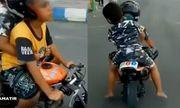 Lái xe máy mini, bé trai 5 tuổi khóc thét khi bị cảnh sát tuýt còi