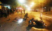 Xe máy đối đầu, 2 vợ chồng tử vong, 3 người khác nhập viện