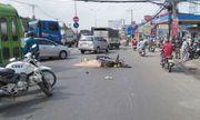 Bị kẹp giữa hai ô tô trọng tải lớn, người đàn ông tử vong dưới bánh xe đầu kéo