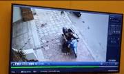 Video: Nam thanh niên bẻ khóa trộm xe máy trong 3s ở Hà Nội