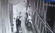 Video: Thanh niên bẻ khóa, trộm xe máy giữa phố Hà Nội
