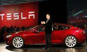 Cứ qua đi 60 giây, Tesla phải chi trả số tiền lỗ bao nhiêu?